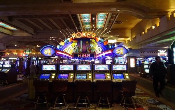 casino 1051381 1280 600x380 - Nettikasino vastaan tavallinen kasino
